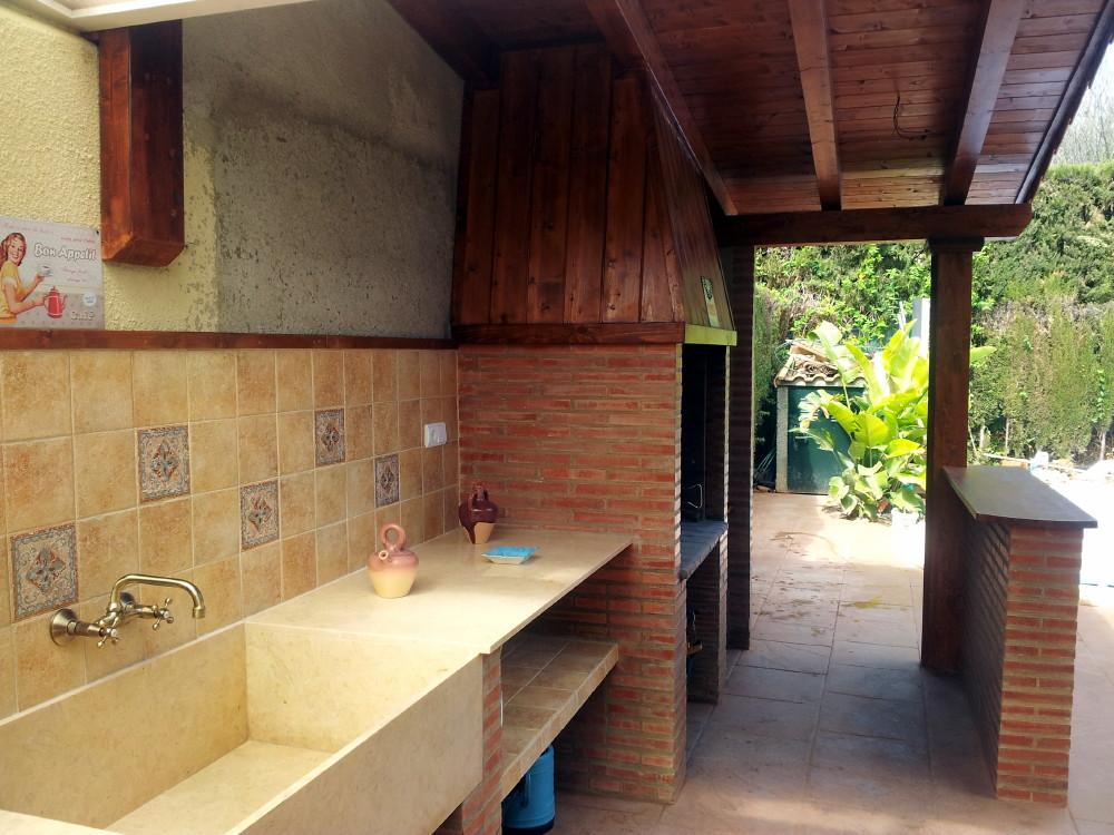 Hacer porche de madera finest fuente with hacer porche de - Tablas de madera baratas ...