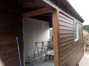 Ampliación casa en madera y obra