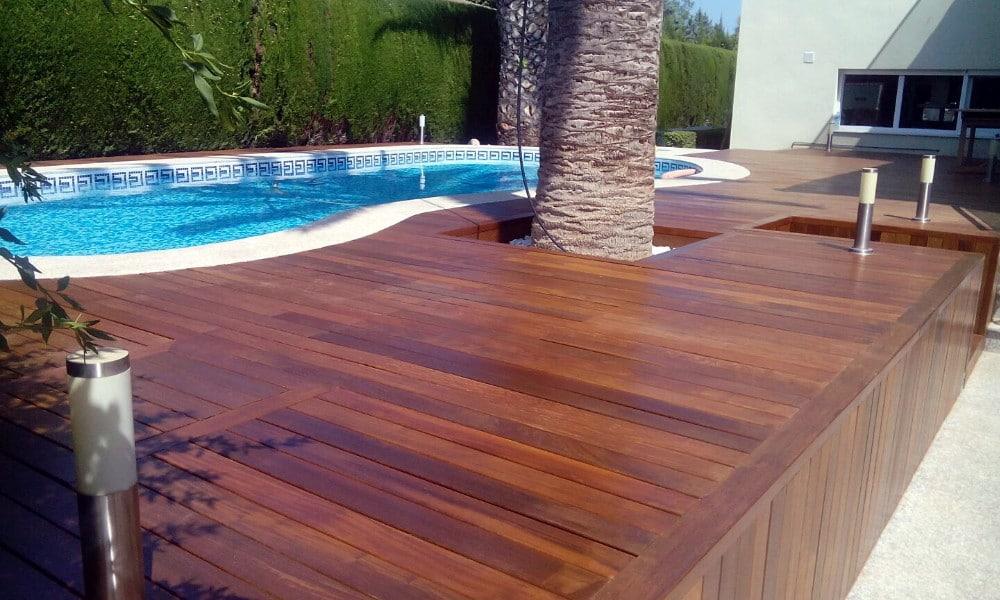 Terraza madera de ip candel madera y obra for Piscinas desmontables madera
