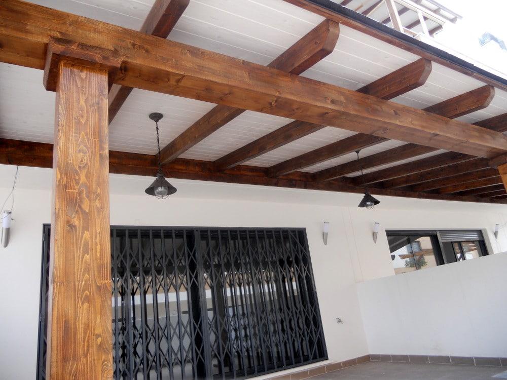 Porches y p rgolas candel madera y obra - Porche de madera paso a paso ...