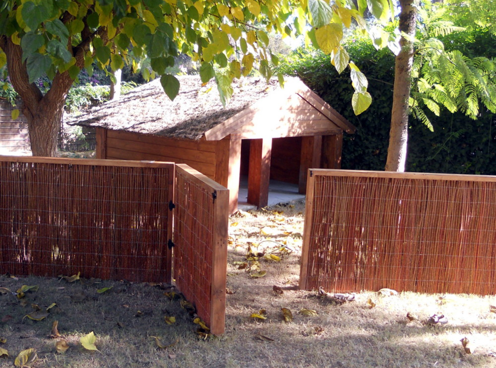 Caseta de madera para perros candel madera y obra - Caseta perro madera ...