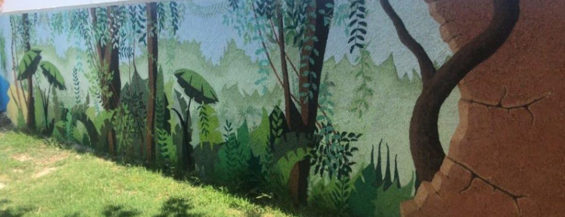 Valla de bloque, pintada y enviada por el cliente.