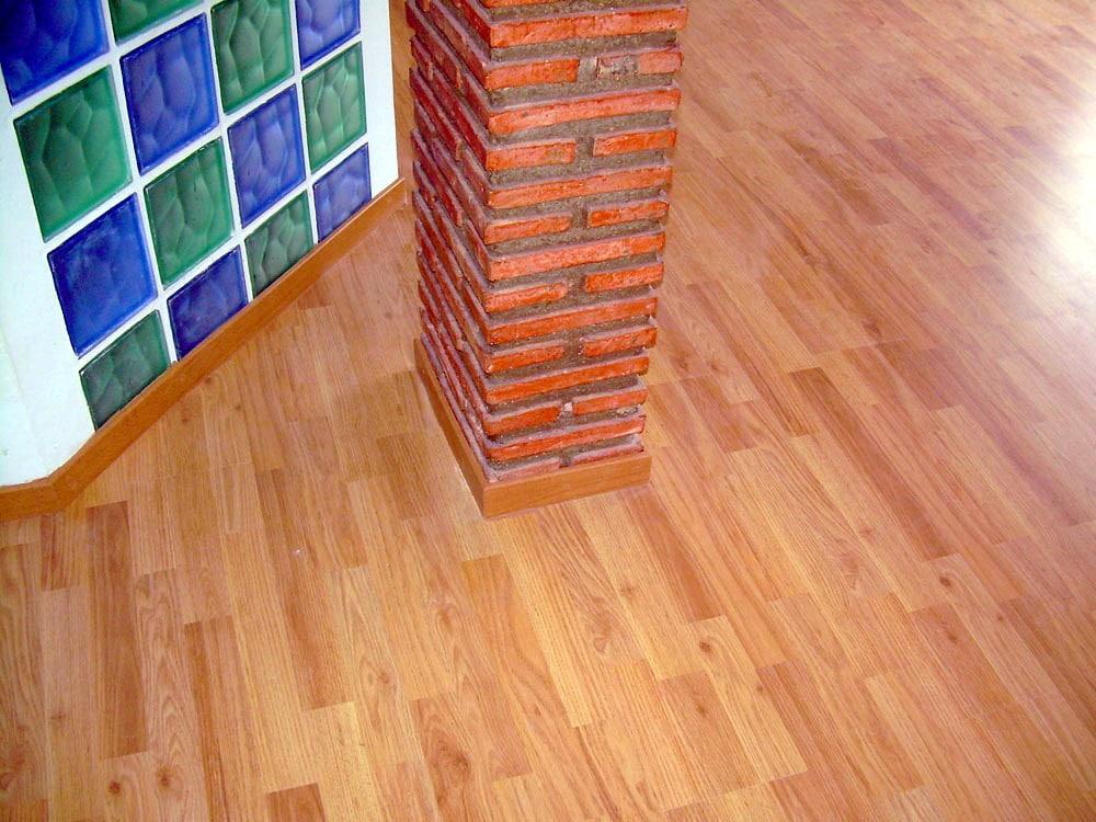 Suelo laminada interior vivienda candel madera y obra - Suelos madera interior ...